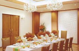 【挙式+食事会】ご親族と過ごす予算も安心の少人数ウェディングプラン
