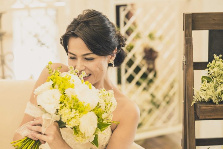 結婚式で使われるお花と花言葉について